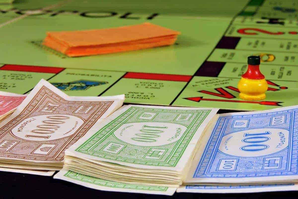 How Much Money Do You Start With In Monopoly