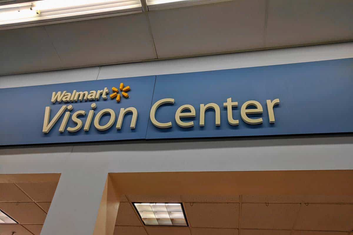 Does Walmart Vision Center Accept Medicaid
