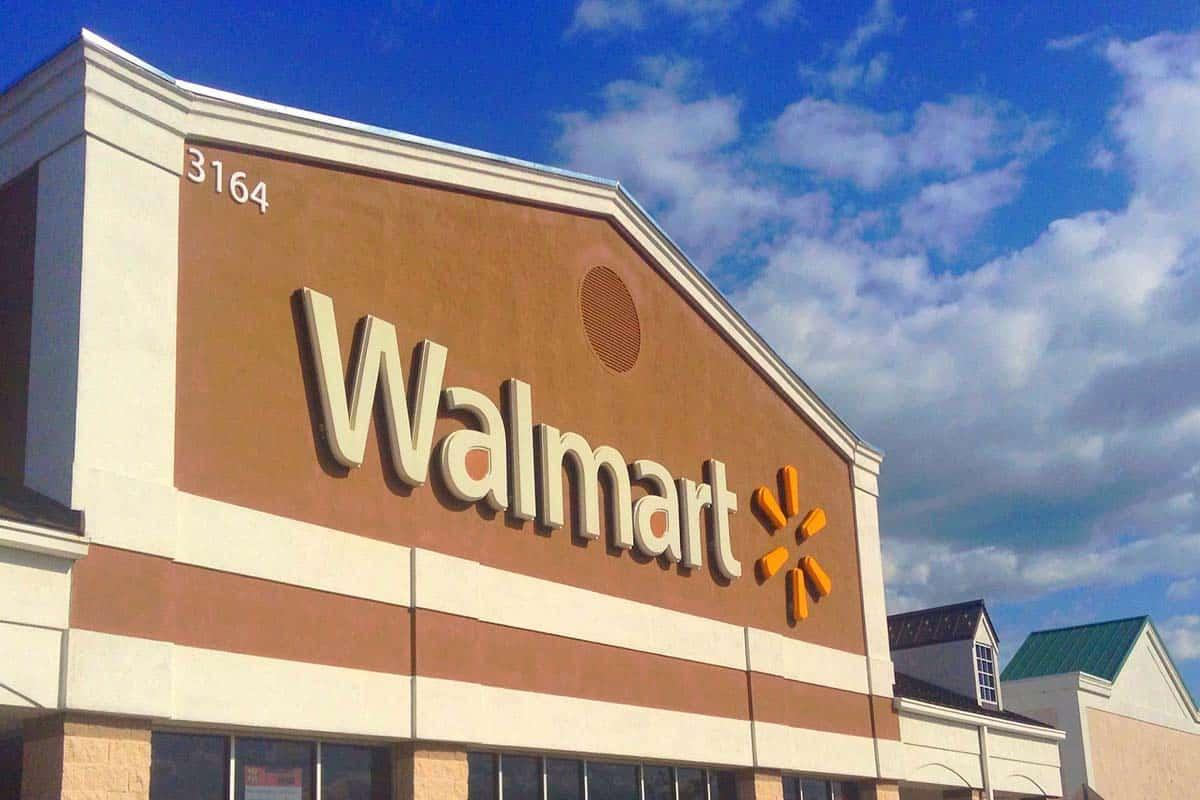 Does Walmart Cash Checks