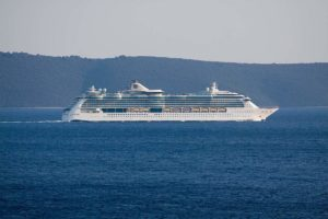These Are The 6 Most Dangerous Cruise Ship Excursions