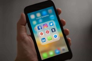 How To Choose A Social Media Platform To Use For Marketing